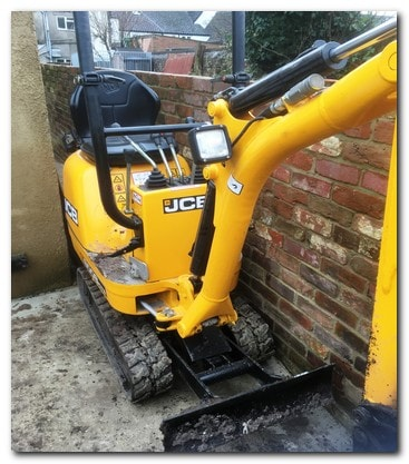 Gloucestershire mini digger hire